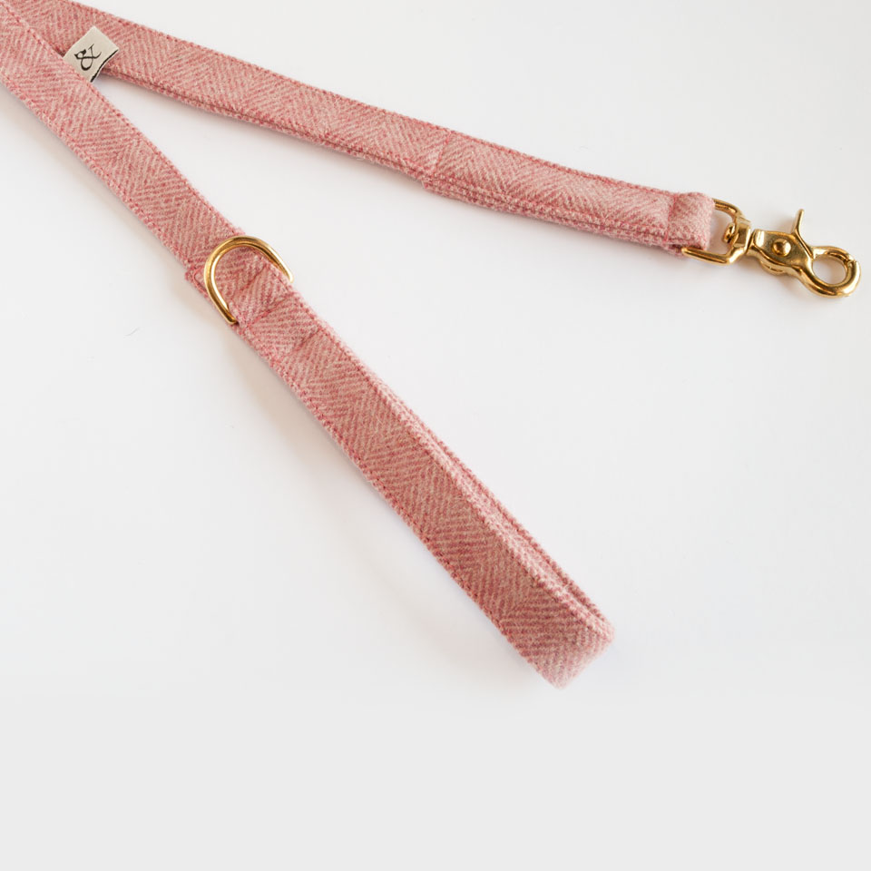 Dog Leashes. Berry Wool Leash
