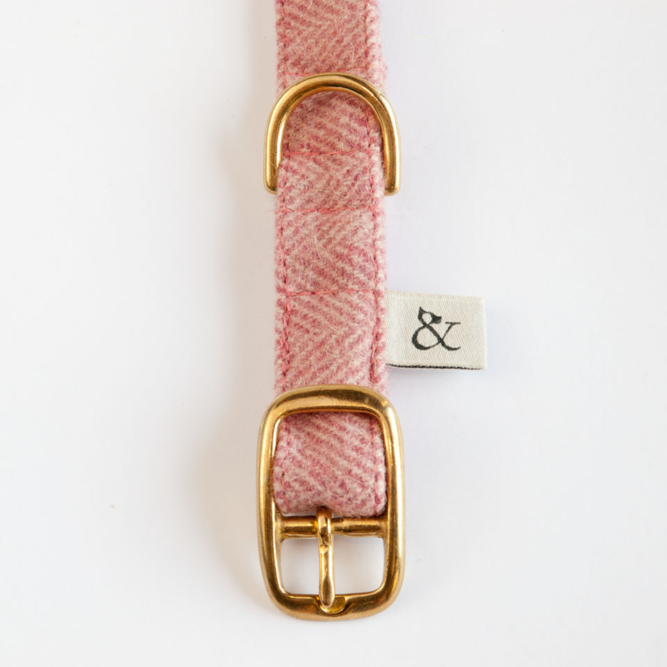 Berry Wool Dog Collar
