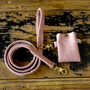Dog Lead Berry Wool
