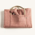 Berry Wool Bag Bed