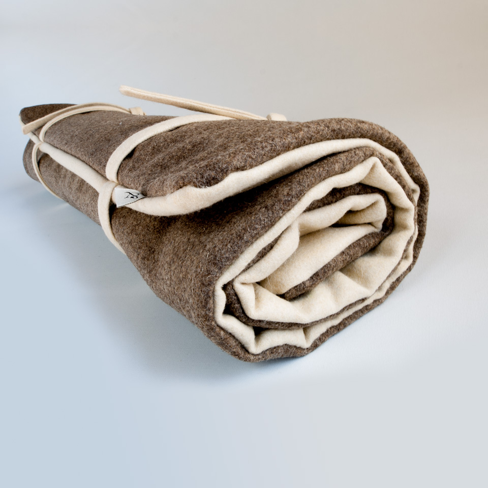 Dog travel bed, natural wool roll up bed